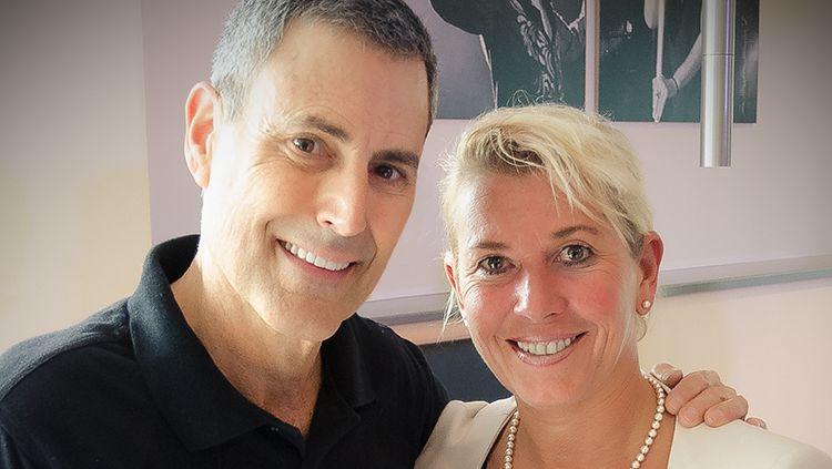 Andrea Kühme mit Uri Geller